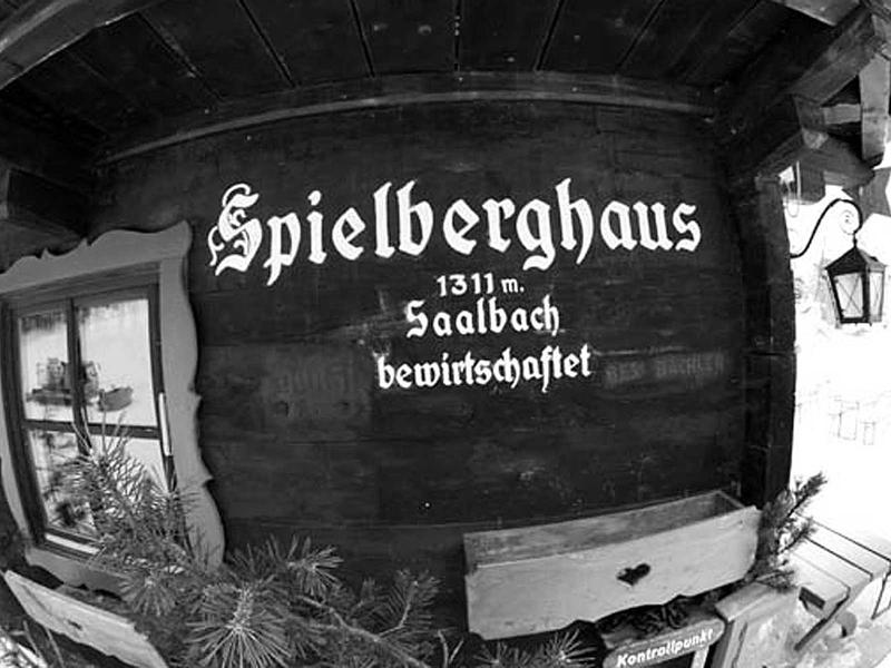 Salzburg-Cityguide - Fotoarchiv - 001_GH_Ski.jpg