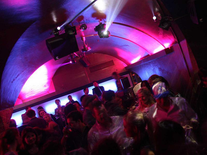 Salzburg-Cityguide - Foto - 018_270111_club_half_moon_uwe_brandl.jpg