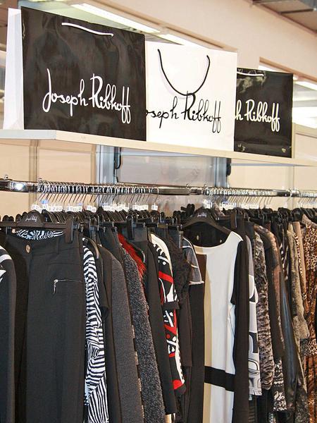 Salzburg-Cityguide - Foto - 13_02_2011_fashion_premiere_uwe008.jpg