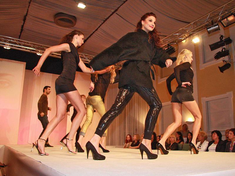 Salzburg-Cityguide - Foto - 11_06_30_wow_fashionshow_uwe_532.jpg