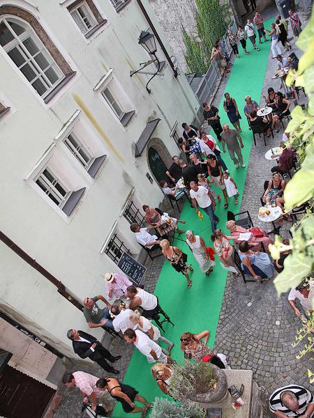 Salzburg-Cityguide - Foto - 11_08_26_steingassenfest_wild_003.jpg