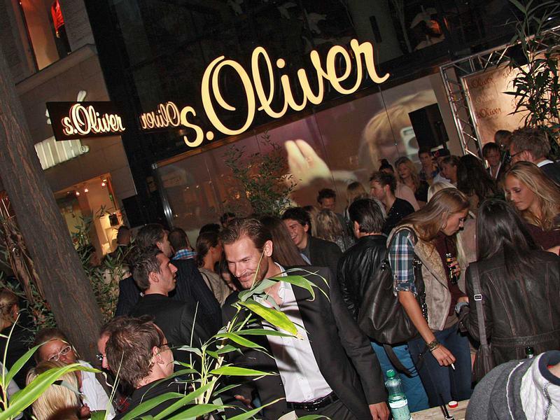 Salzburg-Cityguide - Foto - 11_09_07_soliver_opening_uwe_000.jpg