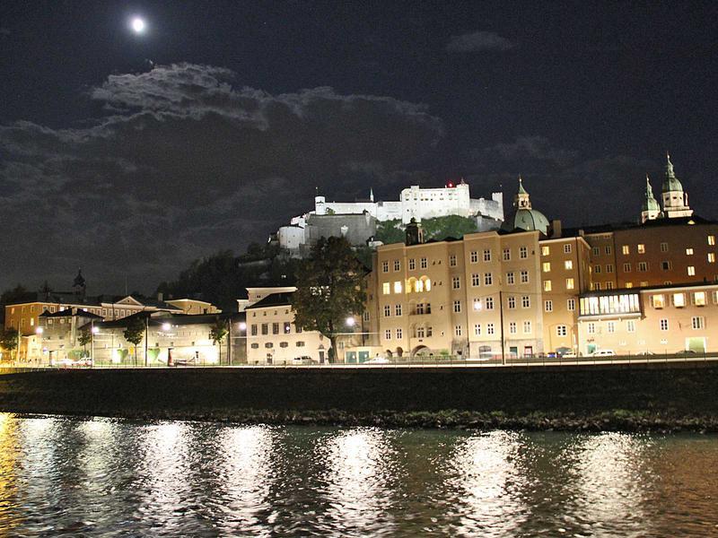Salzburg-Cityguide - Foto - 11_10_06_monkeys_uwe_001.jpg