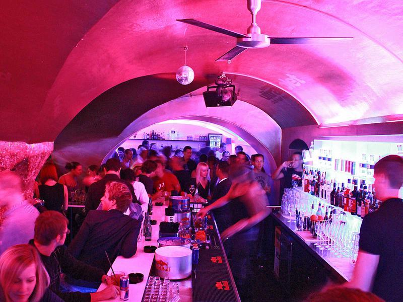 Salzburg-Cityguide - Foto - 11_10_14_halfmoon_uwe_001.jpg