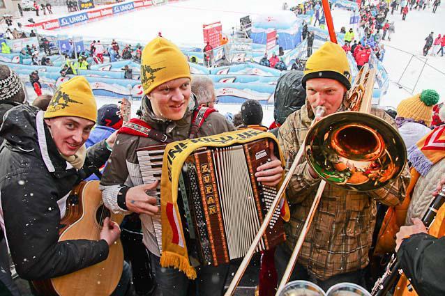 Salzburg-Cityguide - Foto - 11_12_21_flachau_hs_d1_wild_001.jpg