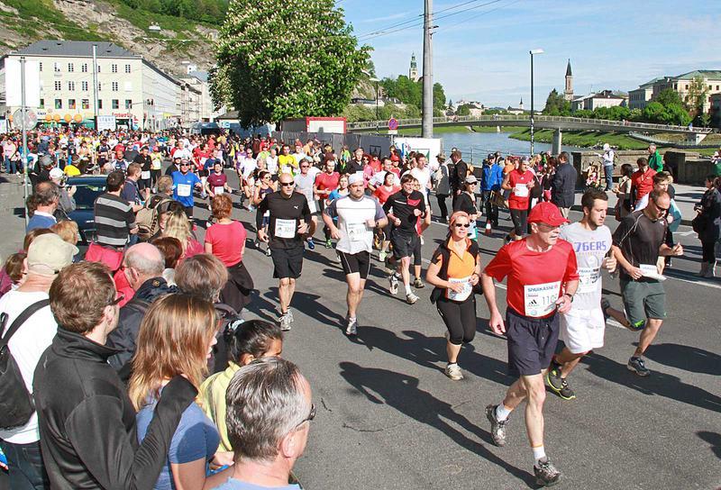 Salzburg-Cityguide - Foto - 12_05_06_sbg_marathon_start_uwe_001.jpg