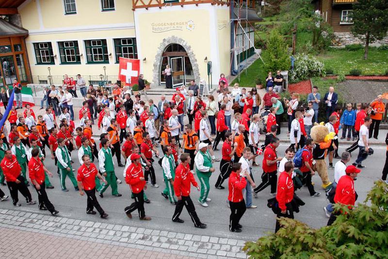 Salzburg-Cityguide - Foto - 12_05_24_bergdorf_em_wild_002.jpg