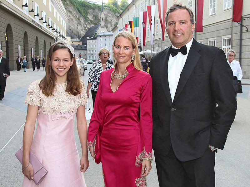 Salzburg-Cityguide - Foto - 12_05_25_premiere_festsp_neumayr_001.jpg