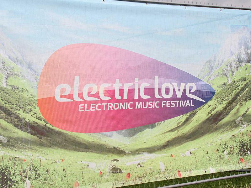 Salzburg-Cityguide - Fotoarchiv - 13_07_11_electric_love_uwe_001.jpg