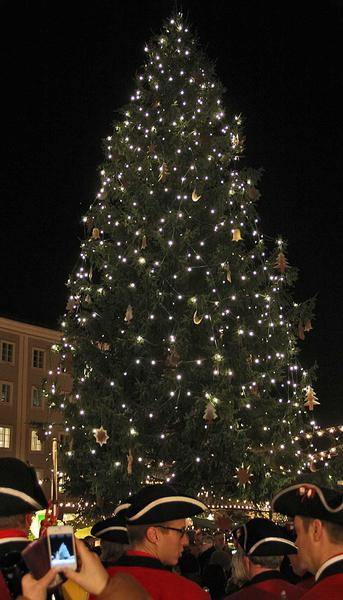 Salzburg-Cityguide - Foto - 13_11_21_christkindlmarkt_guests_thomas_001.jpg