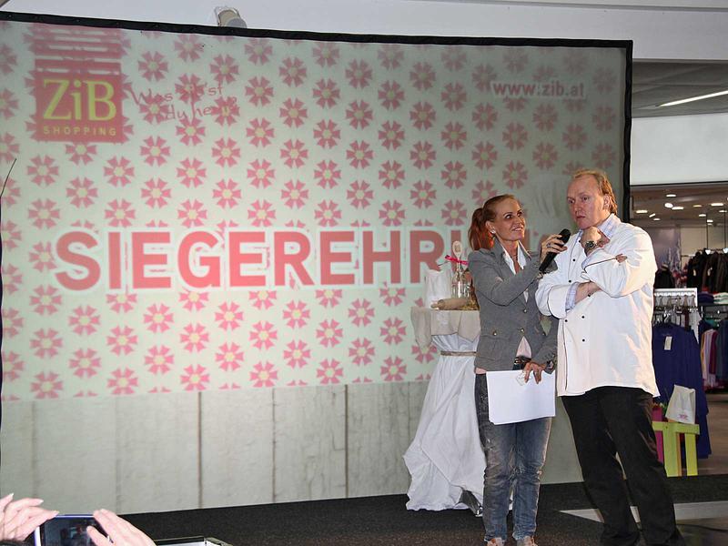 Salzburg-Cityguide - Foto - 13_11_22_zib_tischlein_uwe_001.jpg