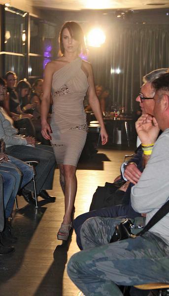 Salzburg-Cityguide - Foto - 13_11_23_fashioncheckin_hotelstein_fashionshow_thomas_001.jpg