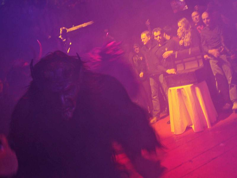 Salzburg-Cityguide - Foto - 13_11_29_akt_1_show_uwe_001.jpg