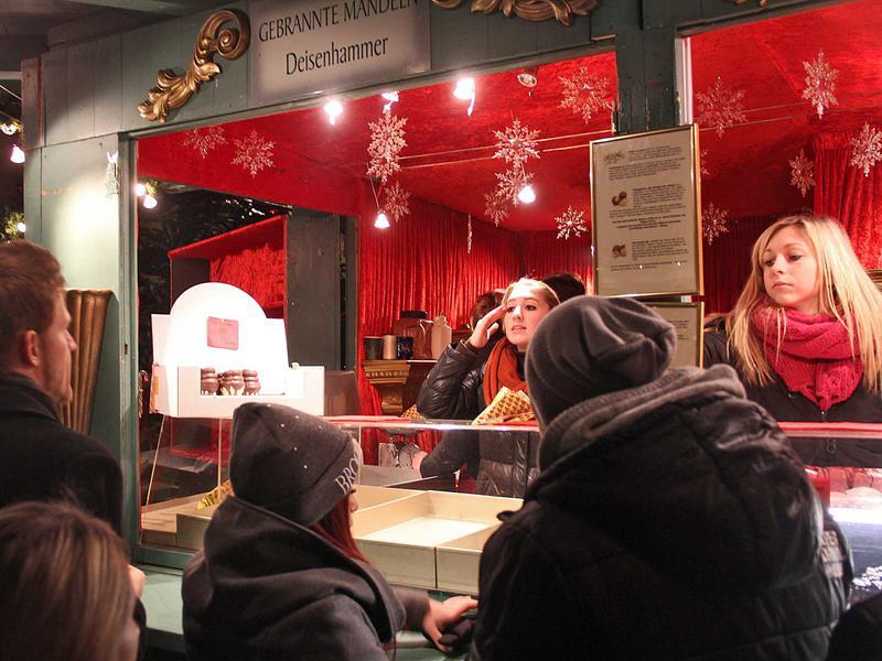 Salzburg-Cityguide - Foto - 13_12_22_hellbrunn_djoetzi_guests_thomas_001.jpg