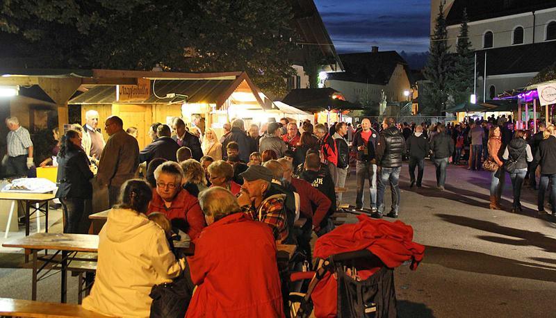 Salzburg-Cityguide - Foto - 140823_marktfest_obertrum_000.jpg