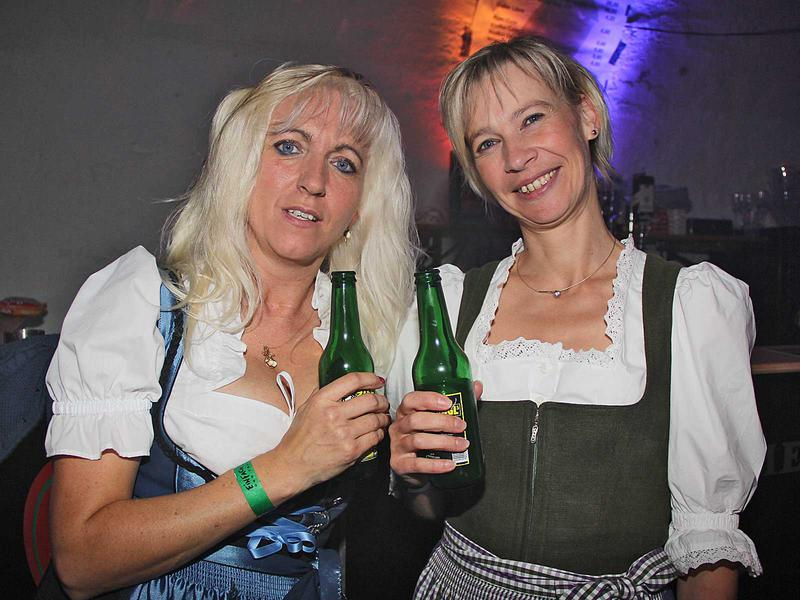 Salzburg-Cityguide - Foto - 140823_ue30_party_001.jpg