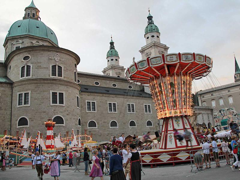 Salzburg-Cityguide - Fotoarchiv - 140920_rupertikirtag_abend_001.jpg