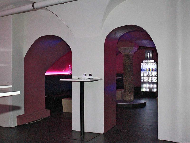 Salzburg-Cityguide - Foto - 141210_brlaw_clubhalfmoon_uwe_001.jpg