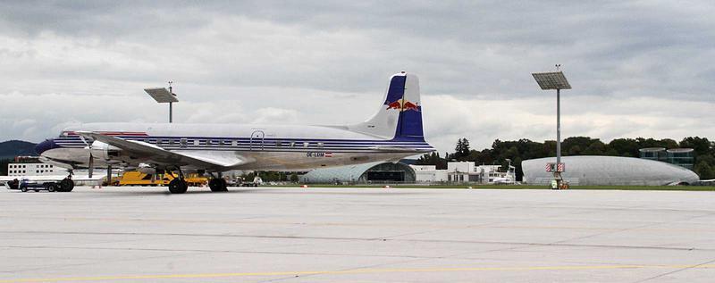 Salzburg-Cityguide - Foto - 160918_sbg_airport_tdot_uwe_001.jpg