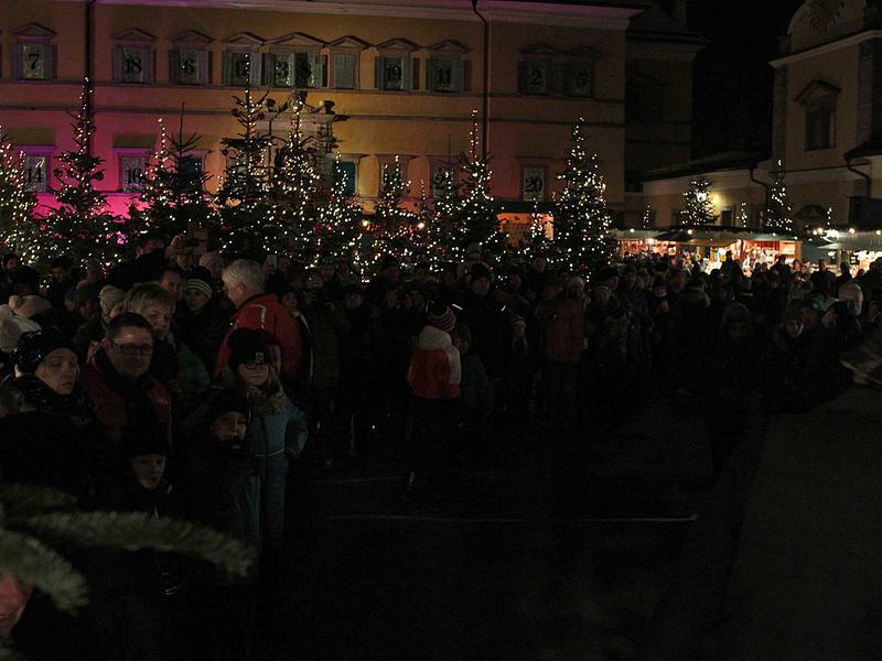 Salzburg-Cityguide - Foto - 161221_ha_rauhnachtslauf_uwe_001.jpg