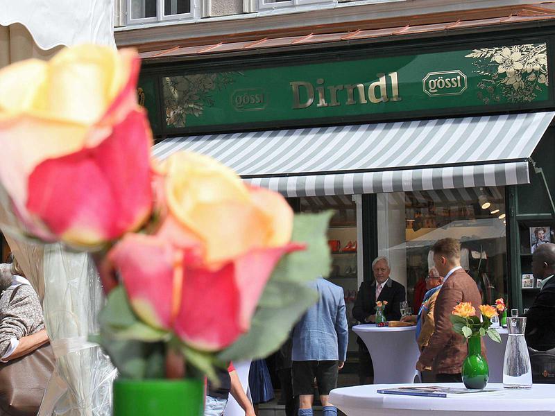 Salzburg-Cityguide - Foto - 170630_goessl_dirndl_uwe_001.jpg