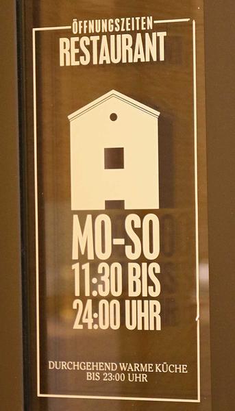 Salzburg-Cityguide - Foto - 171212_urbankeller_uwe_002.jpg