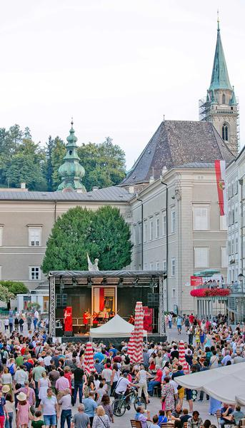 Salzburg-Cityguide - Foto - autogrammstunde012.jpg