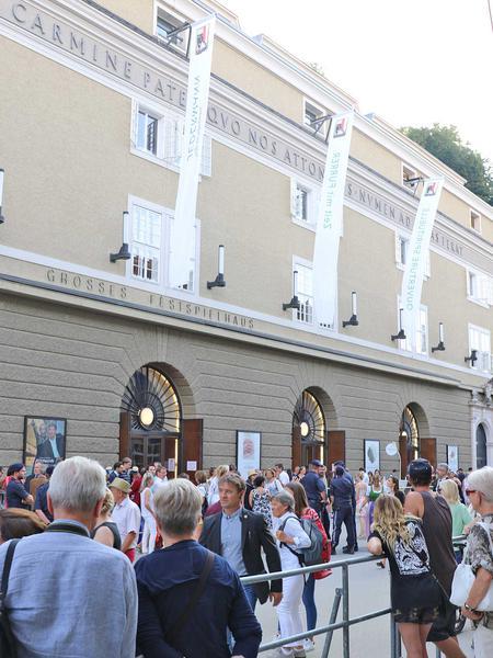 Salzburg-Cityguide - Foto - 180727_die_zauberfloete_premier_uwe_001.jpg