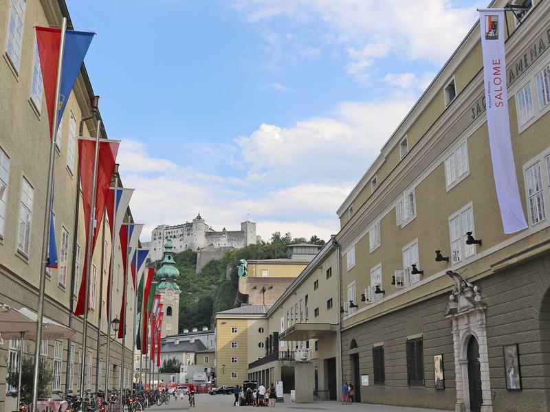 Salzburg-Cityguide - Fotoarchiv - 180728_salome_premiere_uwe_001.jpg