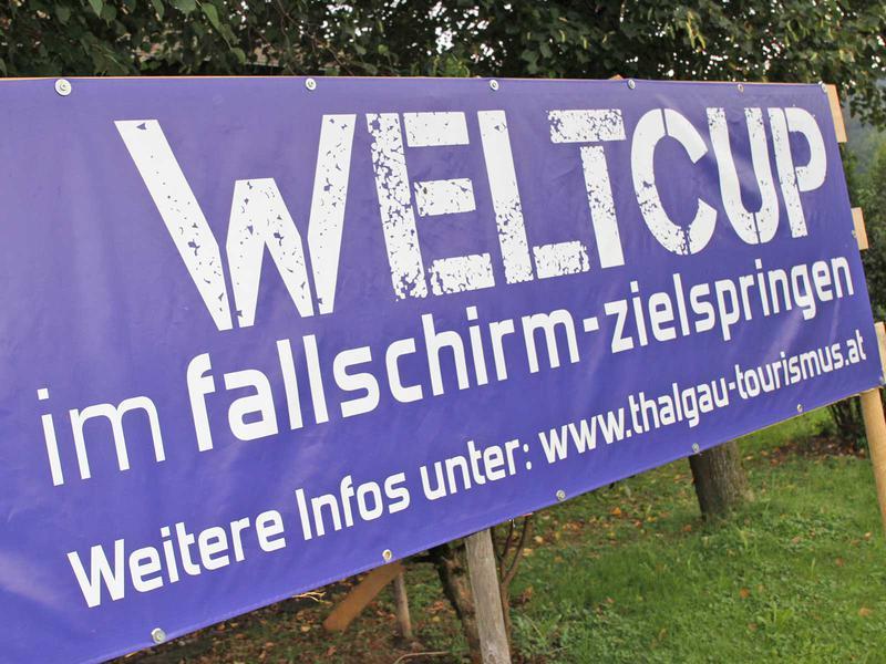 Salzburg-Cityguide - Fotoarchiv - 180909_fallschirmweltcup_hsvredbull_uwe_001.jpg