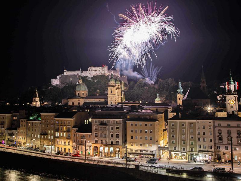 Salzburg-Cityguide - Fotoarchiv - 001_feuerwerk_salzburg_rupertikirtag_240919.jpg