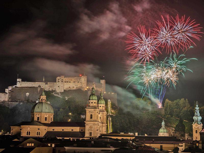 Salzburg-Cityguide - Foto - 001_feuerwerk_salzburg_rupertikirtag_240919.jpg