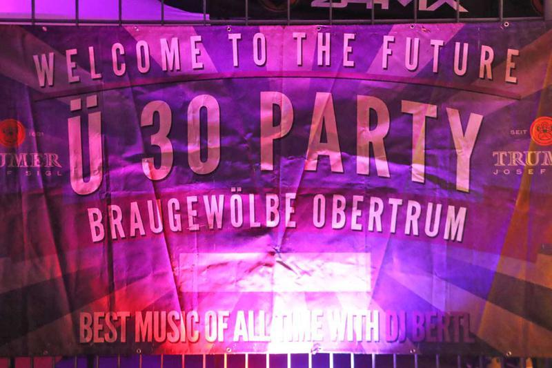 Salzburg-Cityguide - Fotoarchiv - 20200118_ue30party_uwe_001.jpg
