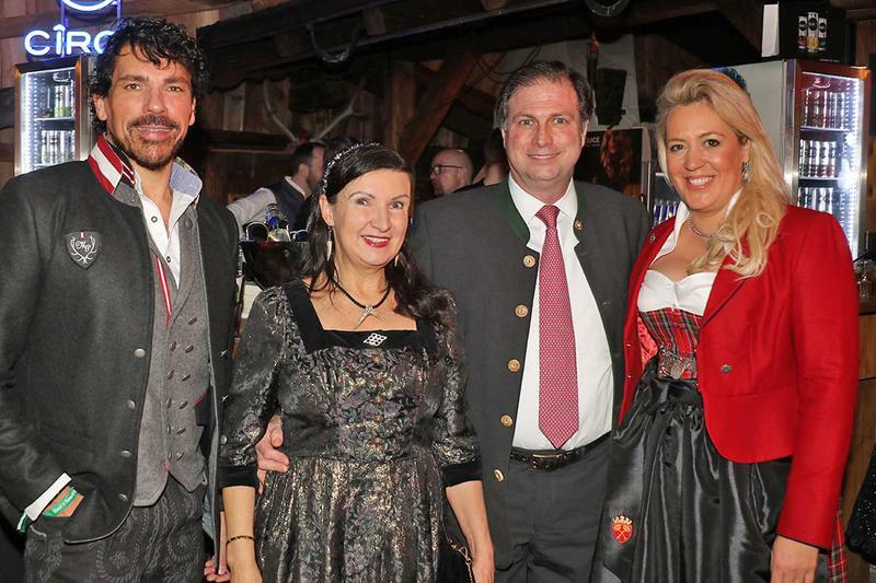 Salzburg-Cityguide - Foto - 20200125_rosis_schnitzelessen_uwe_0001.jpg