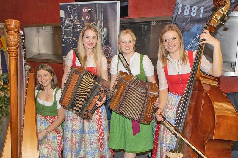 Salzburg-Cityguide - Foto - 001_edelweisskraenzchen_310120.jpg