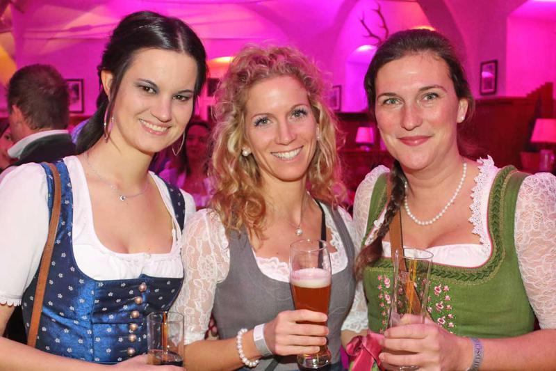 Salzburg-Cityguide - Foto - 20200208_wildschuetzball_uwe_0000.jpg