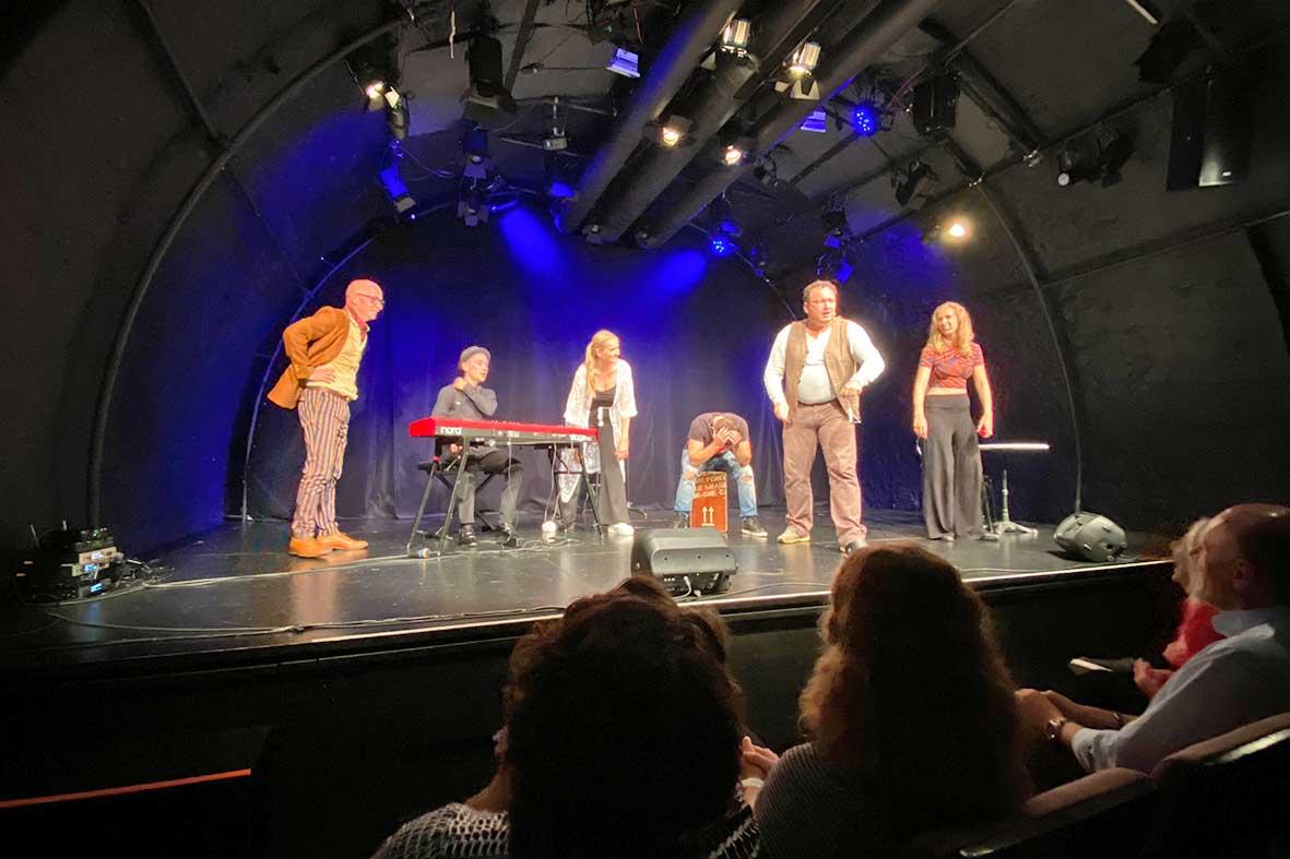 Salzburg-Cityguide - Foto - 210730_LNDK_kleines_theater_Uwe_058