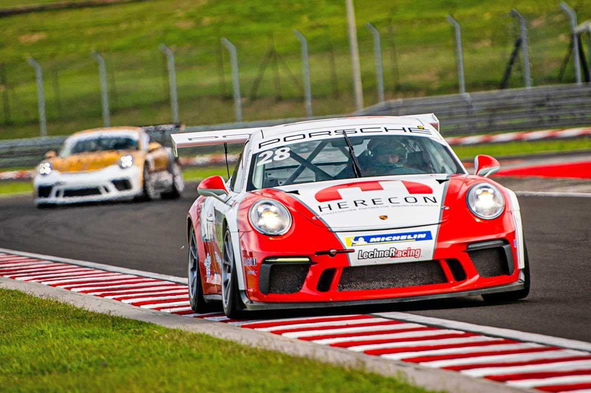 Salzburg-Cityguide - Foto - Race-1-grid-formation—Credit-Michael-Jurtin-PSCCE