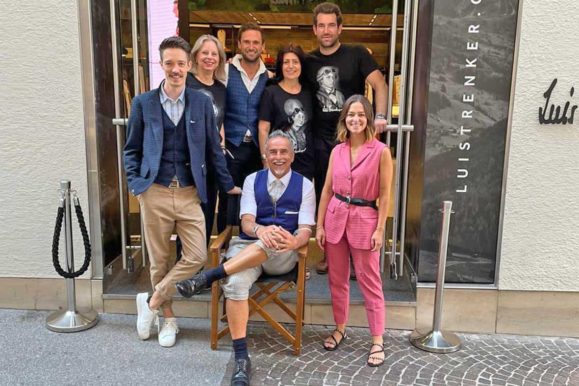 Salzburg-Cityguide - fotoarchiv - Luis-Trenker-Salzburg-Team-mit-Michi-Klemera
