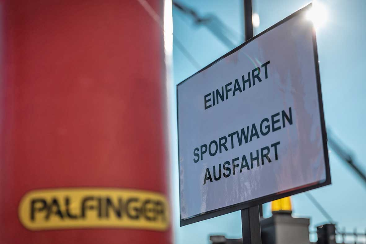 Salzburg-Cityguide - Fotoarchiv - PALFINGER_Sportwagenausfahrt_2021_000_F1A3950