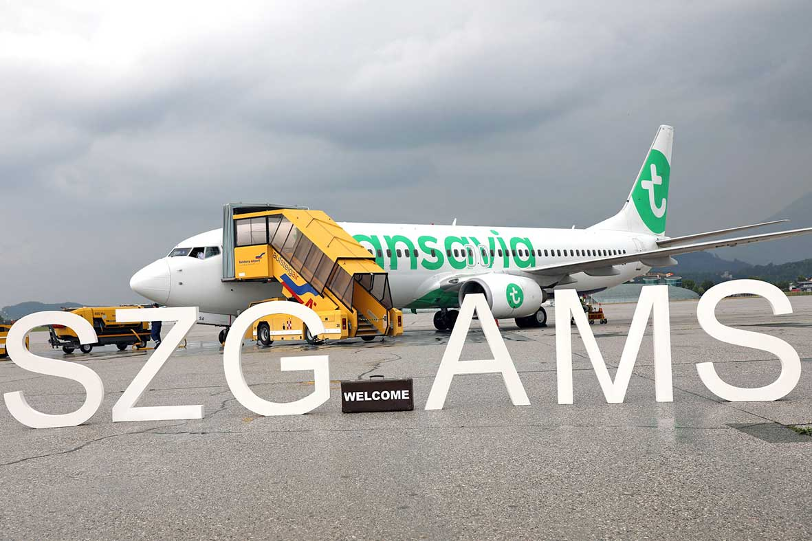 Salzburg-Cityguide - Foto - EREIGNIS-080721-Erstlandung-Ganzjahresverbindung-Amsterdam-mit-Transavia-(1)